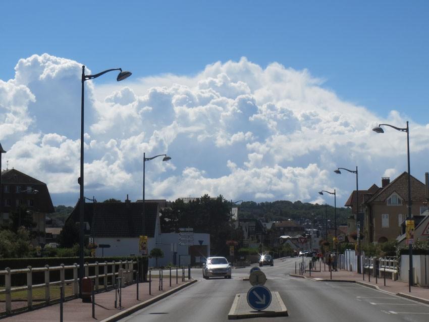 nuagess.jpg