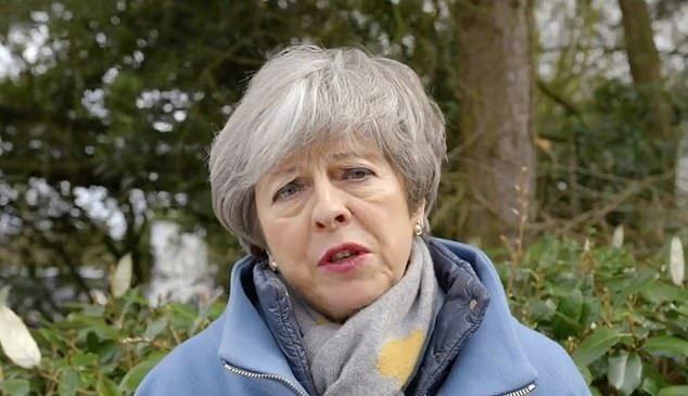 Les ministres estiment que Theresa May sera partie dans quelques semaines après avoir perdu plus de voix dans le Brexit