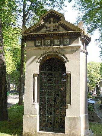 sepulture-chapelle.jpg