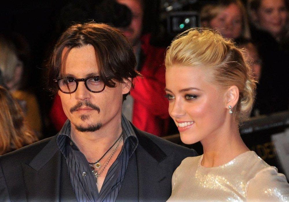 Johnny-Depp-accuse-Amber-Heard-d-avoir-empoche-les-7-millions-de-dollars-de-leur-divorce.jpg