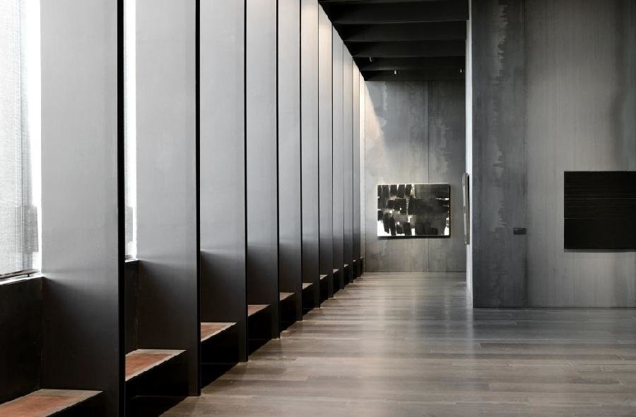 musee-soulages-6-large.jpg.c009c9de63110c6867b231c431fbb476.jpg