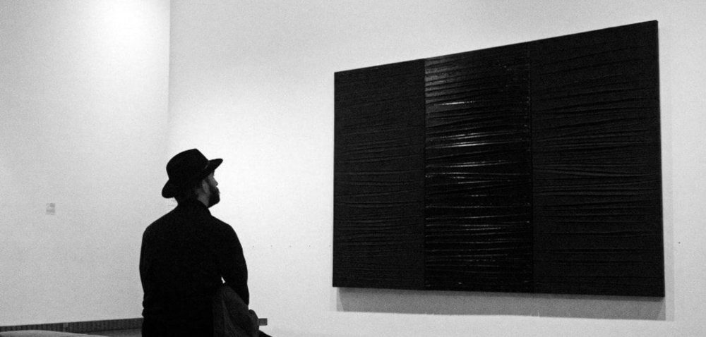pierre-soulages-outrenoir-4.thumb.jpg.819d015aa9821a08f78071420d3417db.jpg